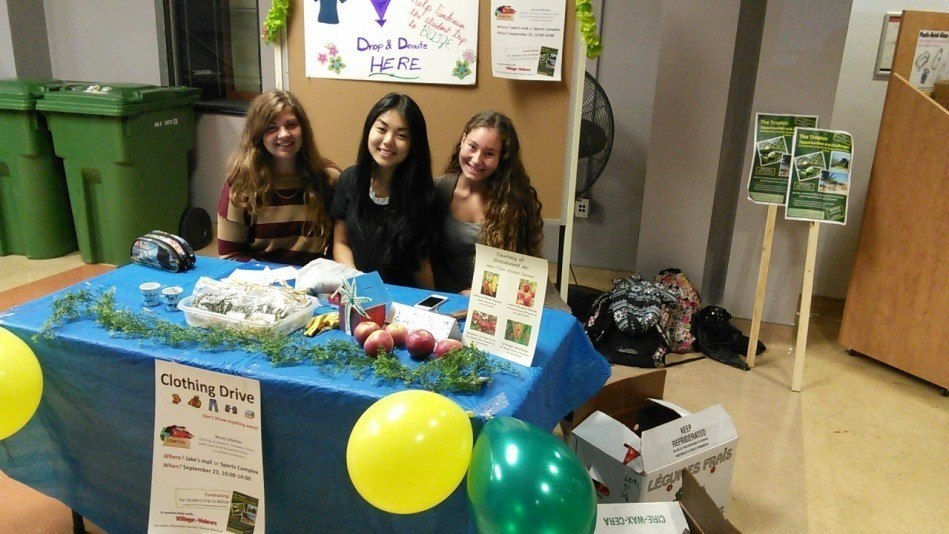 Clothing Drive in Photos4